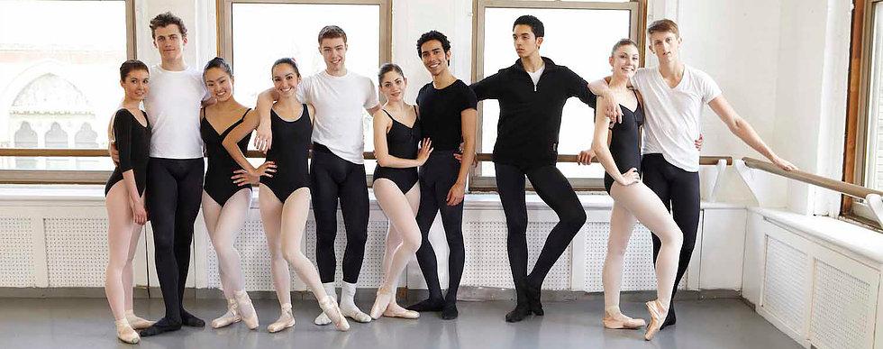 Для учащихся хореографических училищ - 50% скидка на групповые занятия на реформе | TOP PILATES